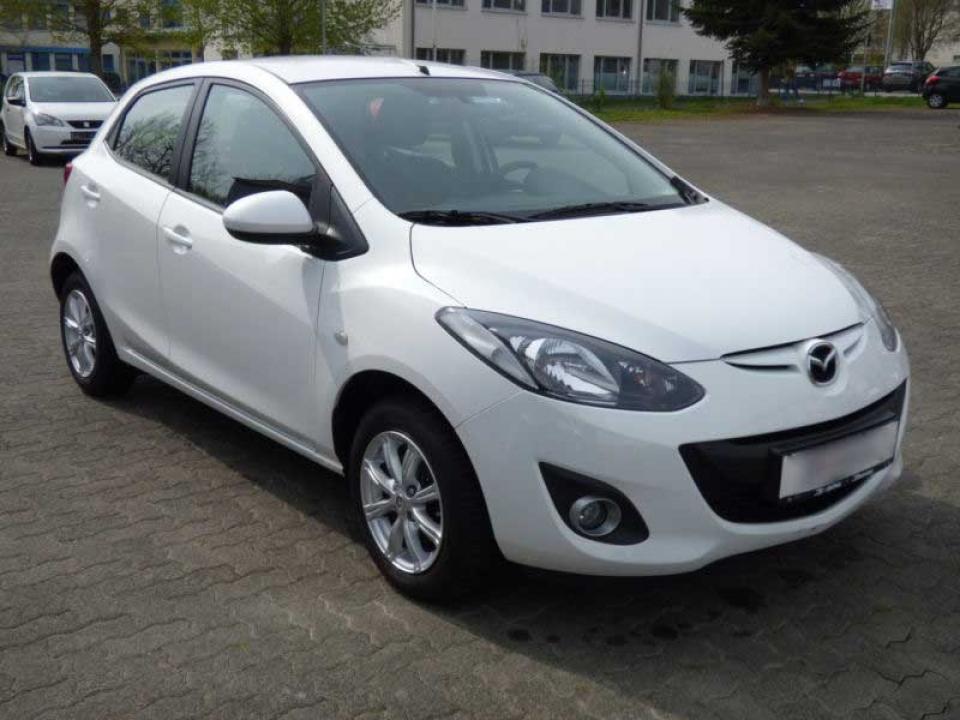 Mazda 2 - Rent a Car Niš / Rent a Car Nis